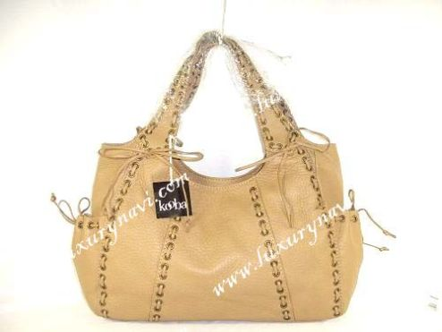 d721fb7aac0d6b Designers have always recognized as a good way to add a stylish touch by  flaunting the affluence. However, the growing demand of designer handbag  has led to ...